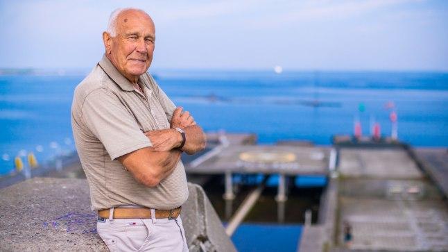 """RAUDNE MEES: """"Ma pean ütlema, et 50–60aastaselt on inimesed palju haigemad kui 80aastaselt, vähemalt mulle tundub nii,"""" muheleb 80aastane kapten Ülo Kollo. """"Eks 50–60aastaselt hakka tavaliselt tervis logisema, 80aastaselt ei logise enam midagi, sest oled ära harjunud."""""""