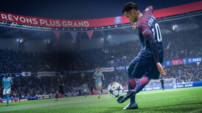 """Neymar Electronic Artsi lipulaeva """"FIFA 19"""" virtuaalsel väljakul kõksimas."""
