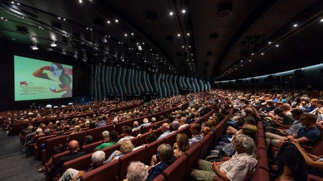 Festivali kinosaal.