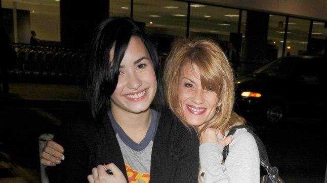 Ema ja tütar 2009. aastal.