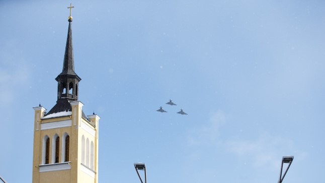Liitlaste õhuturbe lennukid Eesti õhuruumis. Foto on illustratiivne.