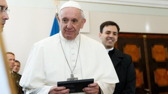 Paavst tuli ja kuulutas rahu ning armastuse sõnumit, ent meie pöörasime ikkagi tülli.