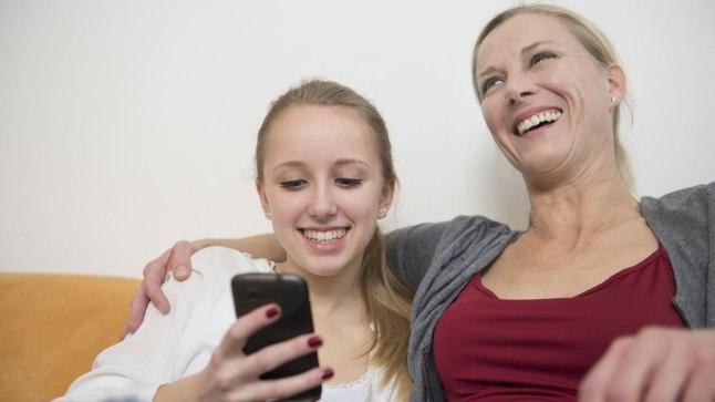 Uuri, miks lapsele mõni keskkond internetis meeldib. Laps saab kogemuse, et tema tegevused lähevad emale-isale korda.