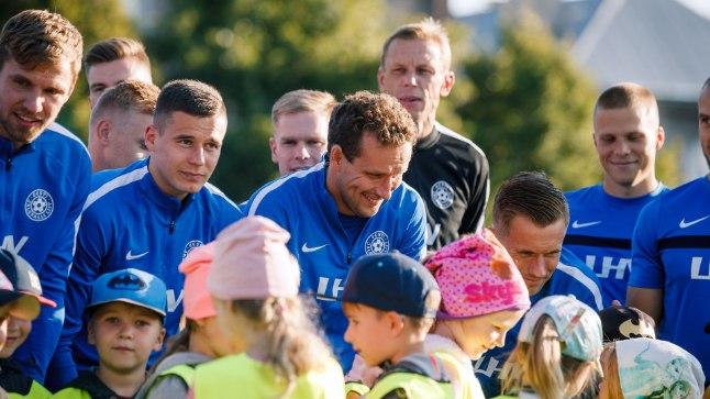 Eesti jalgpallikoondise treening.