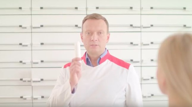 """Marko Reikop """"Ringvaate"""" apteegireklaamis"""