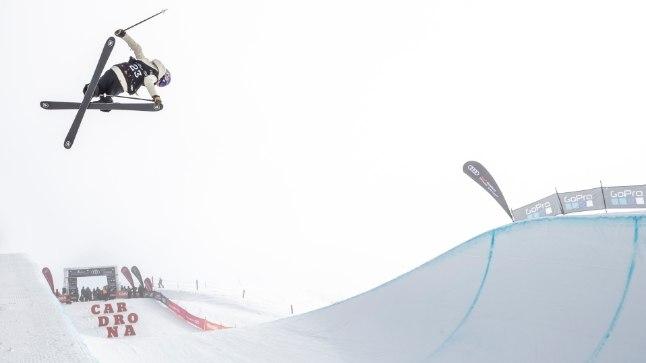 Kelly Sildaru juunioride MMi rennisõidu finaalis.