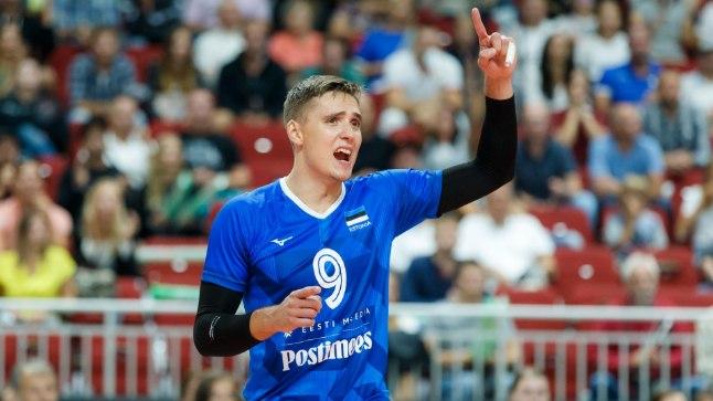 Eesti võrkpallikoondise üks liidritest Robert Täht mulluses EM-i valikmängus Riias.