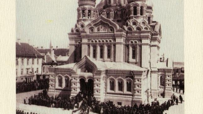 Tõnis Erilaiu lehesaba   Kuidas riigikogu arutas Toompea katedraali lammutamist