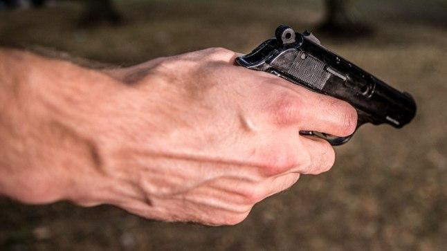 Küsimus | Kuidas saab ajateenijat relvaga sihtinud veebel jätkata oma ametis?
