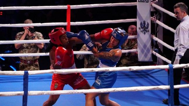 GALERII | Liitlasväed pidasid Rakveres meeleoluka ja sõbraliku poksiõhtu