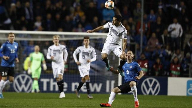 OTSEBLOGI   Saksamaa jäi 14. minutil vähemusse, poolaeg 0:0