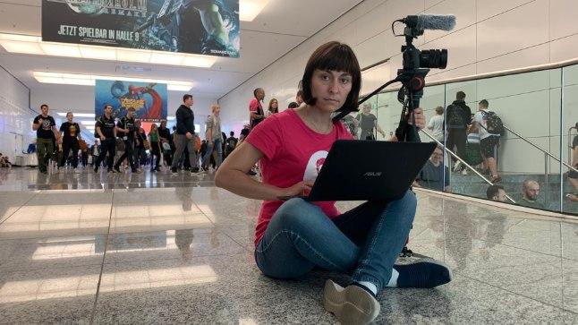 Aljona Suržikova ütleb, et tema kui filmitegija peab oskama inimesi analüüsida.