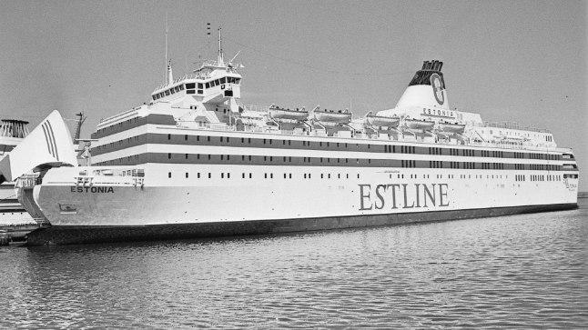 Lähedaste hüüetele tullakse vastu? Valitsus vaatab üle parvlaeva Estonia huku asjaolud