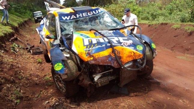 VIDEO | Aafrika ralli tšempion tegi hirmsa avarii, auto käis mitu korda üle katuse