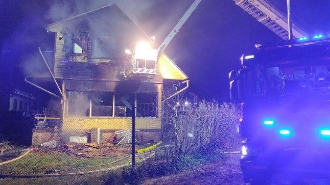 Tartus hukkus elumaja põlengus viieliikmeline perekond