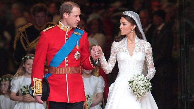 Raamat: Kate Middleton viskas Williamile silma juba algkoolis
