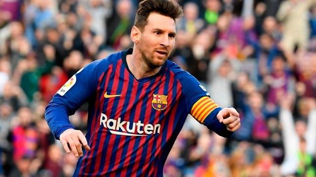 Jalgpallistaar Lionel Messi pidi kriitikalaine tõttu pojale aru andma