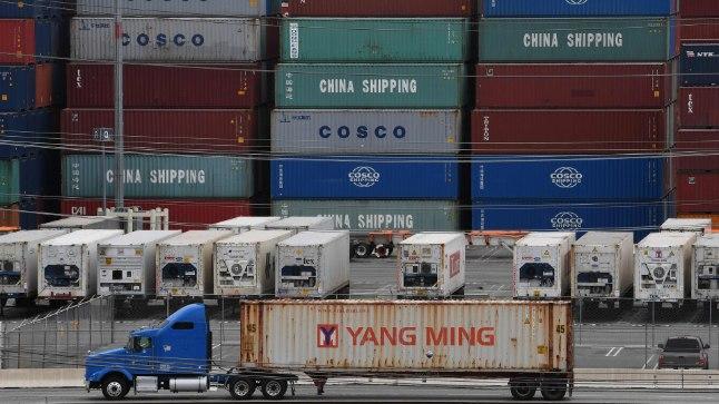 Trump lajatab Hiinale uute maksudega