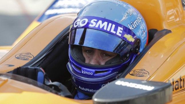 Fernando Alonso kuldse kolmiku jaht päädis enneolematu farsiga