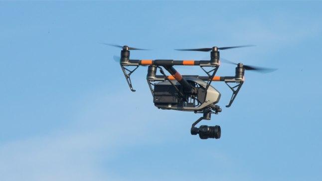 Drooniomanik, pane tähele! Nolani filmi võtete ajal on Linnahalli juures droonilennutamine keelatud