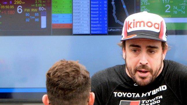 Toyota meeskond lükkas Alonso kuulujutud ümber