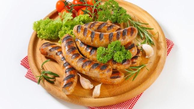 NAISTELEHT TESTIB | Milline grillvorst särab ja milline põrub?