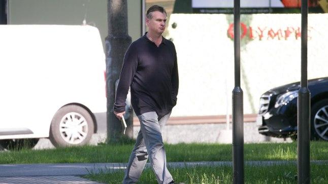 Christopher Nolan jalutamas Politseipargis