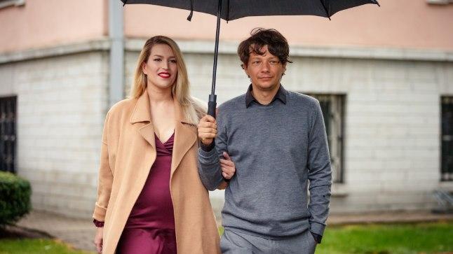 KAUNIS KLÕPS   Palju õnne! Stig ja Karina Rästa tähistasid pulma-aastapäeva