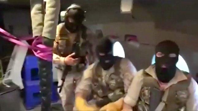 VIDEO   Vaata, kuidas maskides iraanlased Briti lipu all sõitnud tankeri hõivasid