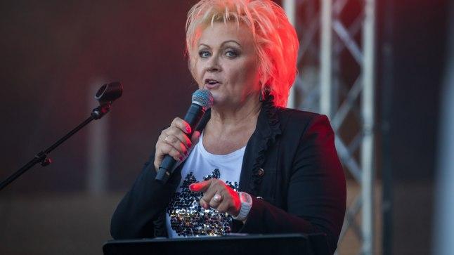 KOHTUMINE FÄNNIGA I Anne Veski: fännid püüdsid end minu juurde elama sättida