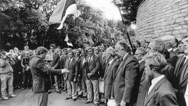 BALTI KETT 30   Hirvo Surva: olen õnnelik inimene, sest olen ära näinud ülemineku kinnisest režiimist uue vabariigini