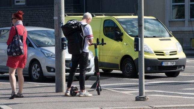 Elektriline tõukeratas on liiklusseaduse mõttes mootorsõiduk