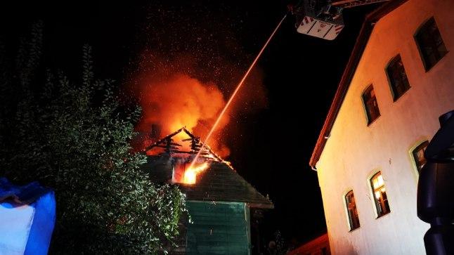 Pärnus põles neli maja, tegu võis olla süütamisega