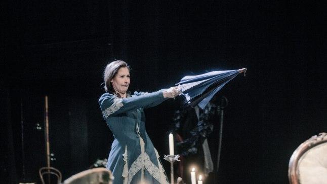 """Publiku soovil näeb Endlas veel viiel korral lavastust """"Surmatants"""", kus mängivad Kleer Maibaum-Vihmar (pildil), Priit Loog ja Ingomar Vihmar."""