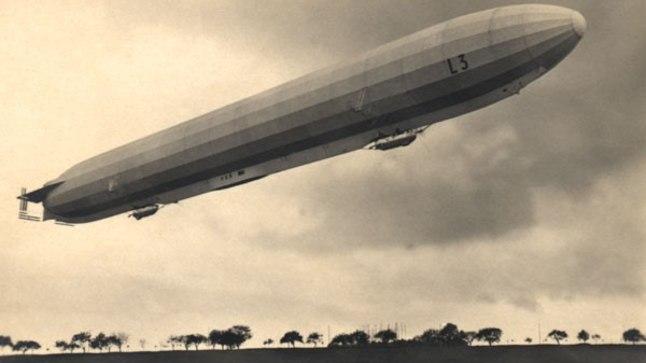 MINEVIKUHETK   17. veebruar: sakslaste tsepeliin kukkus Põhjamerre   Ajalugu