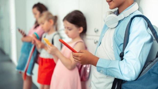 Ajuteadlane hoiatab: nutiseadmed raiskavad lapse aju ja aega | Õhtuleht