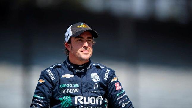 Eduka operatsiooni läbinud Alonso on hooaja alguseks tagasi vormeli roolis   Õhtuleht