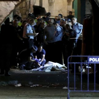 Palestiinlane tappis Jeruusalemmas kaks inimest
