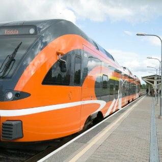 Elroni rongis magama jäänud mees pääses välja alles järgmisel hommikul