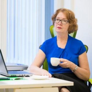 Yana Toom tahab tuua Eestisse eluasemelaenu kustutamise