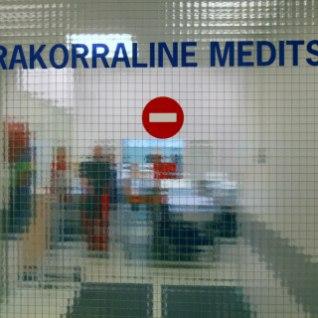 Raviasutuses segastel asjaoludel viga saanud mees suri hiljem haiglas