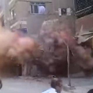 KARMID KAADRID NEPALIST: kuidas maavärin  hävitab maja ja paneb basseini tormise merena möllama