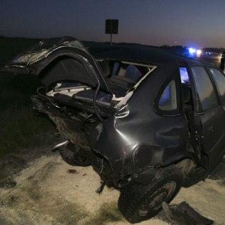 FOTOD SÜNDMUSKOHALT | Joobes juht põhjustas raske avarii, õnnetuses sai viga kaks väikelast