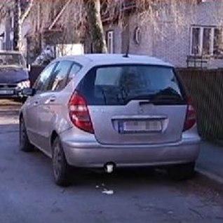 Politsei tabas autode summutisse makrofleksi lasknud vandaalid