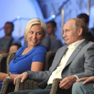 KUULUJUTT: Putini uus silmarõõm on endine naiste poksitšempion, kel hüüdnimeks Kuvalda?