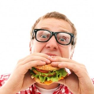 Kümme toitu, mis võivad põhjustada migreeni