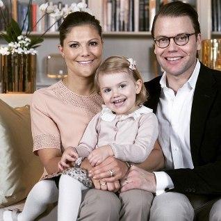 ROOTSI KUNINGAKODA KINNITAB: kroonprintsess Victoria ootab teist last!
