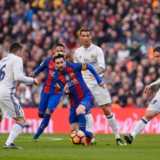 Madridi Real päästis El Clasicos <font color=&quot;#d30008&quot;>viimasel minutil </font>viigipunkti