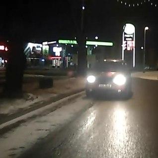 ВИДЕО: <font color=&quot;#d30008&quot;>движение по встречке</font> - обычное явление на наших дорогах?