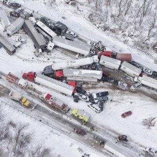 USA-s juhtus rohkem kui 50 autoga ahelavarii, mitu inimest hukkus